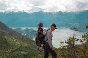 How To Hike With A Baby – A Simple Guide [2019]