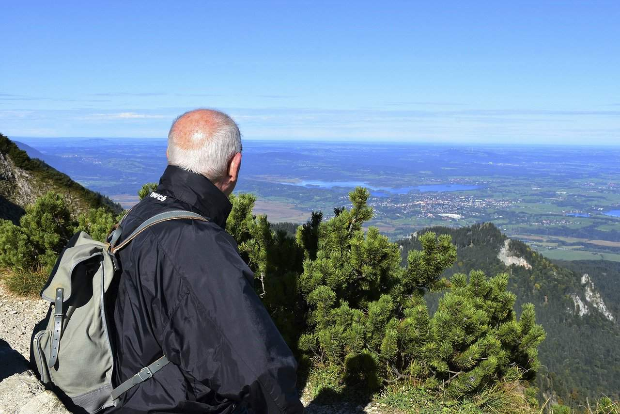 hiking trails for seniors
