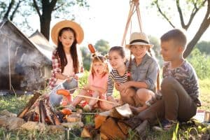 14 Easy And Delicious Camping Meals For Kids [2020]