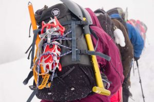 What Is The Best Backpacking Snow Shovel Of 2021? See It