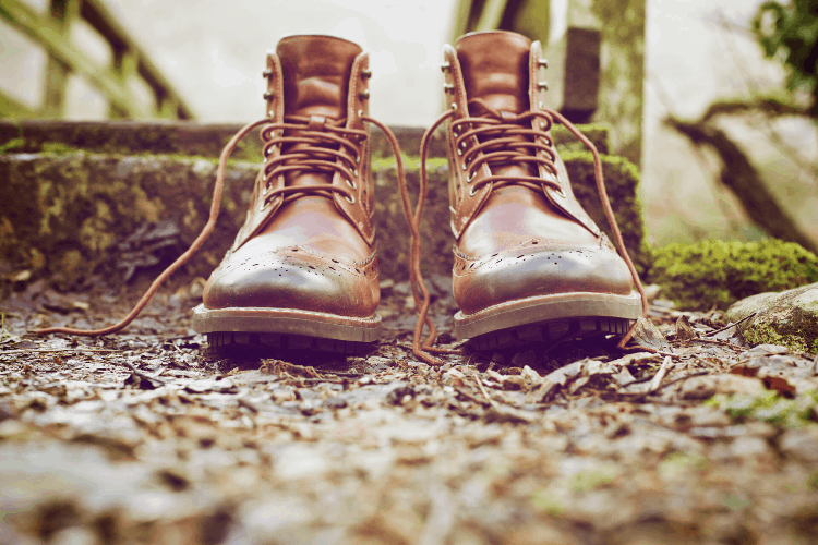 laces on boots