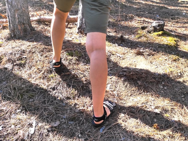 hiking sandals arch support